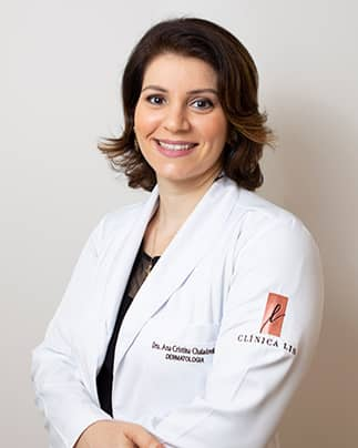 Dra. Ana Cristina Dantas Chaladovsky